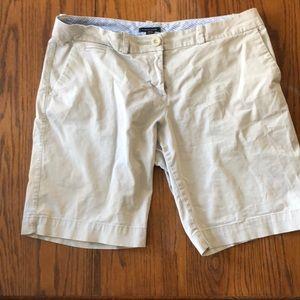 Tommy Hilfiger women's Bermuda shorts